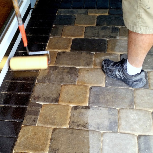 sealer application on patio pavers